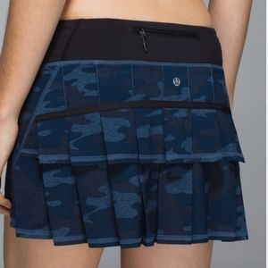 Lulu PaceSetter Skirt Lotus Camo Oil Slick Blue